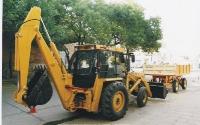 Cargador Frontal con Retroexcabadora (2005)